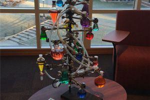 脑洞大开的创意圣诞树 你绝对没见过