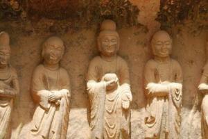 中国惊现神秘石像 高超技艺令人惊叹