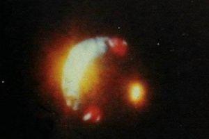 [多图]实拍近30年各国经典UFO照片