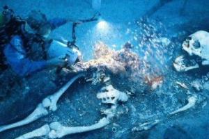 考古发现巨人骨骸 体型巨大惊人