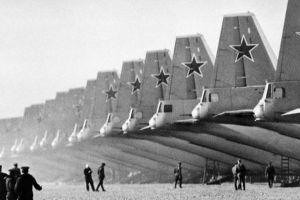 冷战为什么拖垮了苏联而美国却越来越强?这里告诉你原因