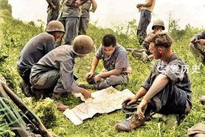 冲绳被美军重火力赶出工事的日军彩照早早便躲进坟墓顽抗