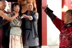 武僧一龙演绎英雄救美经典桥段,劫匪开出2000万将其吓跑
