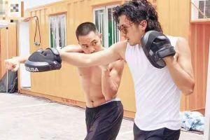 时隔13年谢霆锋与甄子丹再度合作新片实景拍摄街头枪战火拼