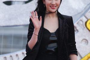 第五届成龙国际动作电影周闭幕佟丽娅刘亦菲景甜红毯比美