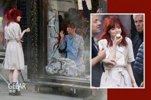 电影《库伊拉》最新造型曝光,艾玛·斯通为何会染了一头红发?