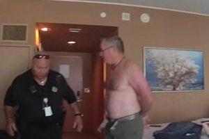 美国机长在酒店房间里没穿上衣被捕,如今获赔258万仍然感到不满