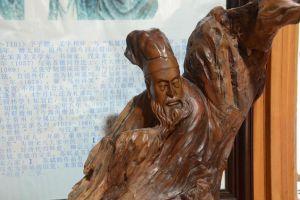 苏轼是才子代表,鲁迅是批判家,李白堪称仙人!个个都有秘密武器