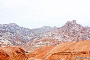 蒙古发现汉文崖刻,中蒙专家翻译后沸腾了:时隔千年终于找到