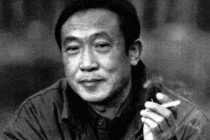 从贩毒到毒枭,再成为总统,最后成为全球公敌,却从不染指中国