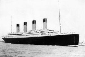 泰坦尼克号的锅炉工,事发时坐破艇逃离,大难不死后买下香港庄园